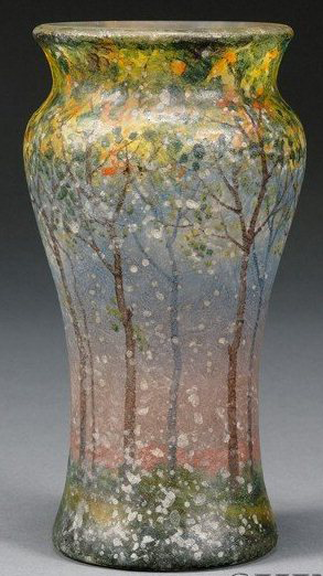 4220 – Handel Vase with Snow and Trees