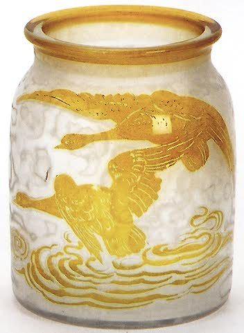 4239 – Handel Vase with Flying Geese